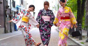 Japanese Women Wearing Ethnic Fashion In Kimonos